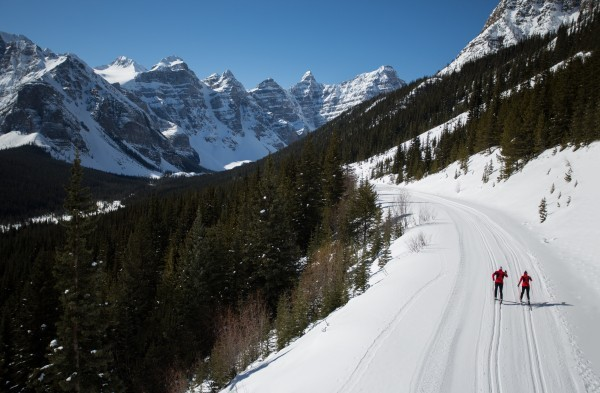 Exploring the Moraine Lake Road