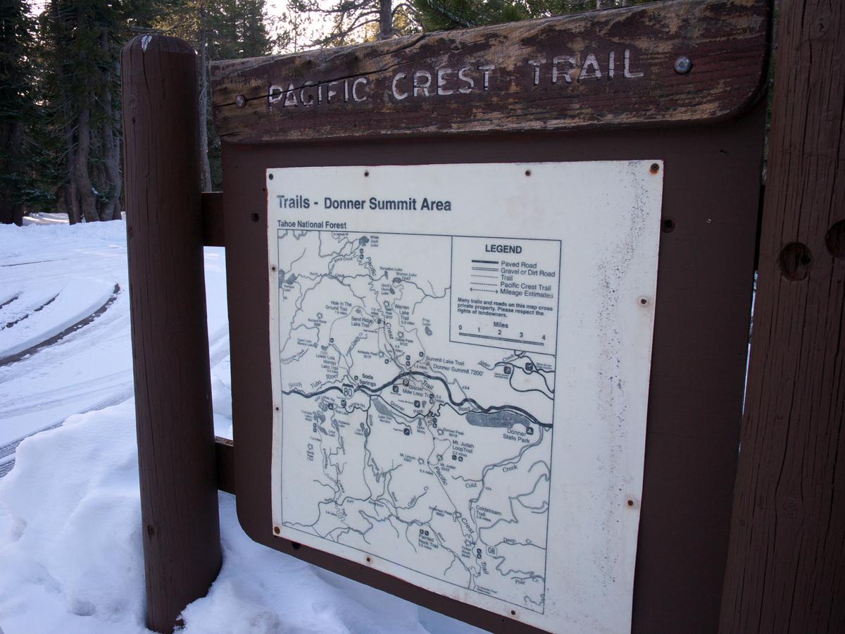 pacific crest trail tahoe snowshoe