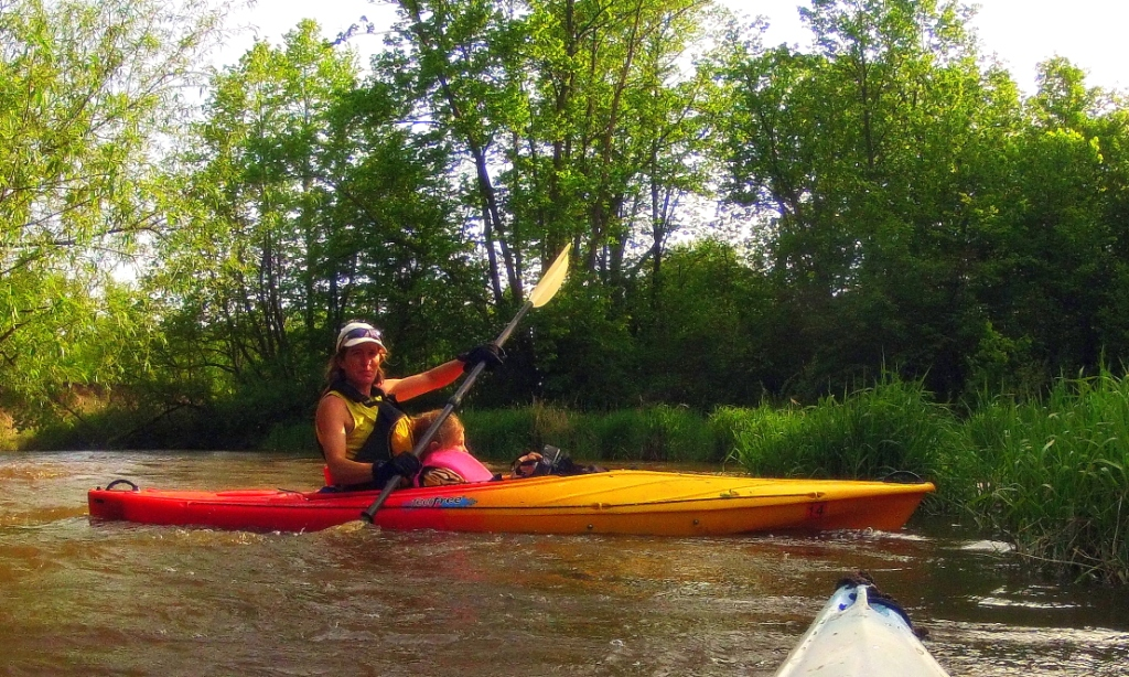 mom and daughter on mothers day kayaking