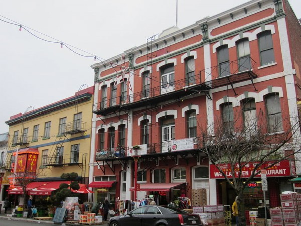 800px-Chinatown,_Victoria_(2012)_-_2
