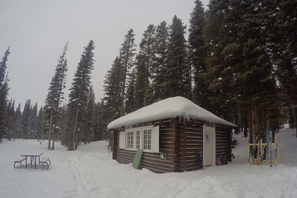 10 snowshoe adventures to try this winter in the canadian for Wheeler dam cabins