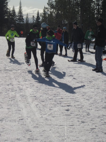 Thirteen teams with a total of 52 athletes competed in the 4 x 2.5 K Snowshoe Team Relay event on March 17 for the USSSA's National Snowshoe competition at Virginia Meissner Sno-Park in Bend, Oregon.  The relays were a fun, comraderie-filled race—a fitting ending to a great event.
