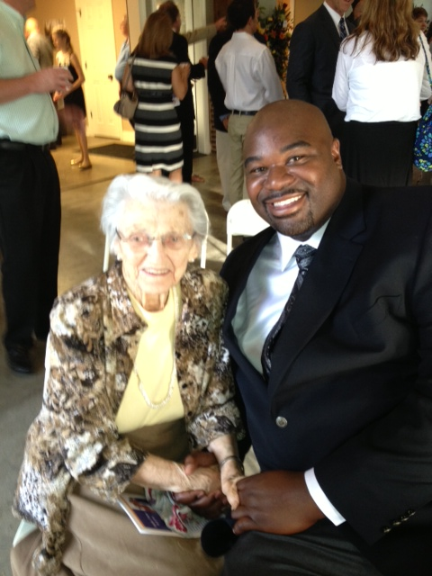 Pauline Harmon with former Knoxville Tennessee neighbor two-time pro bowler Albert Haynesworth