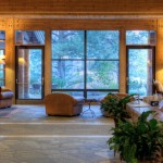Sun Mountain Lodge Foyer